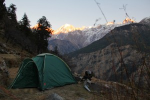 Camping at Kalpa overlooking three peaks over 6000m high